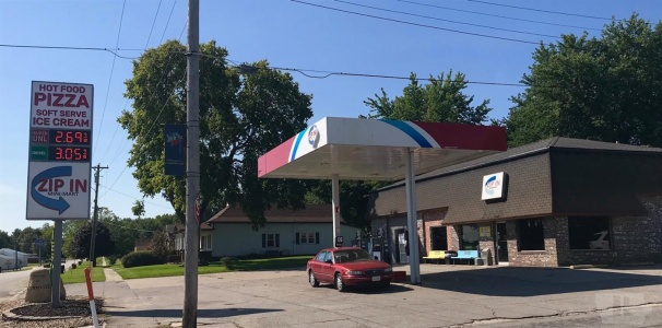 502 East, Lynnville, Iowa 50153, ,Commercial,For Sale,East,35015628