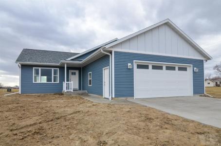 118 South Diamond, Montezuma, Iowa 50171, 2 Bedrooms Bedrooms, ,1 BathroomBathrooms,Residential,For Sale,South Diamond,35017752