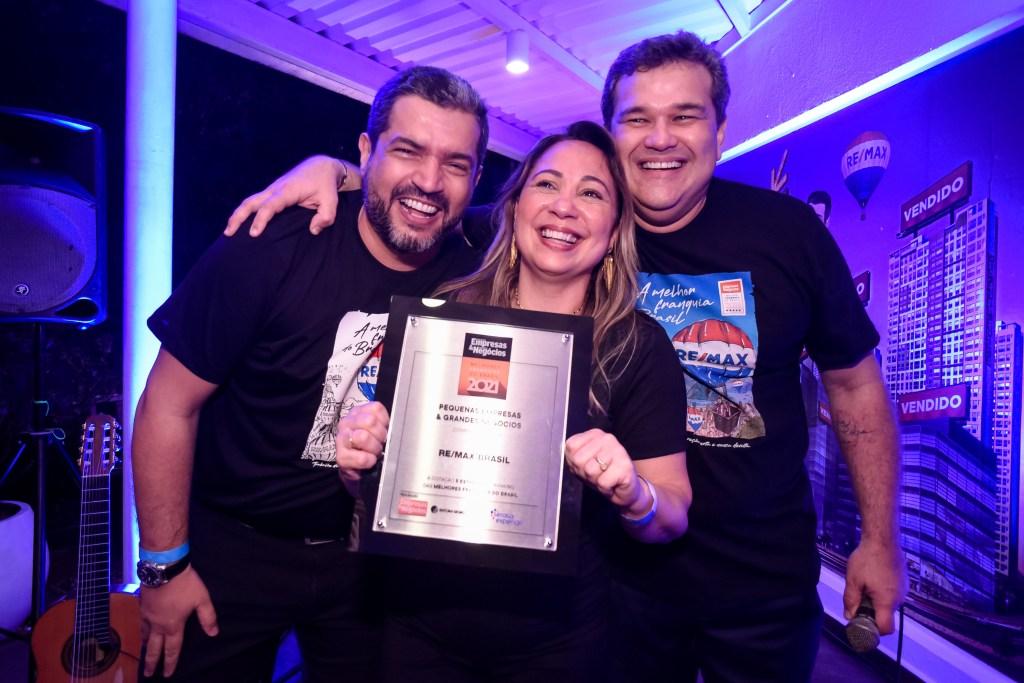 REMAX Brasil conquista prêmio de Franquia do Ano pela revista Pequenas Empresas Grandes Negócios Glauce Santos, Dyogo Vieira e Peixoto Accyoli