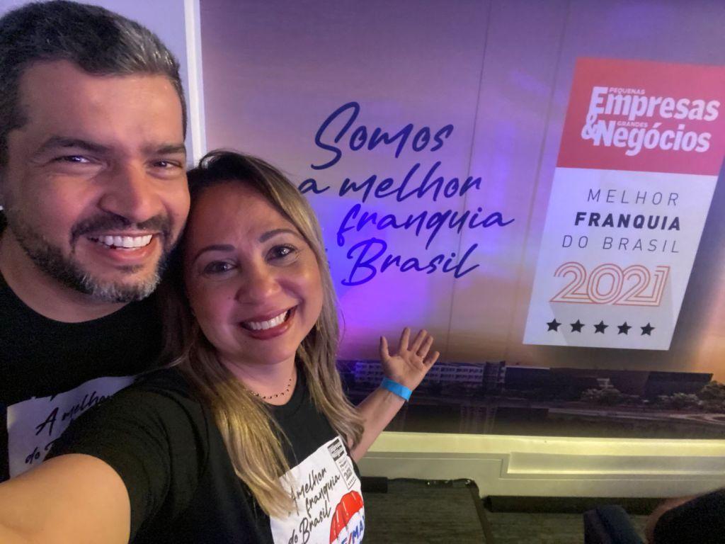 REMAX Brasil conquista prêmio de Franquia do Ano pela revista Pequenas Empresas Grandes Negócios Glauce e Dyogo