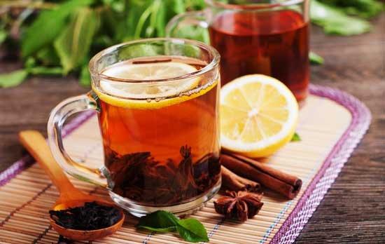 Agua con canela y miel en ayunas