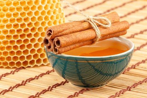 Bajar de Peso con Canela y Miel de Abeja
