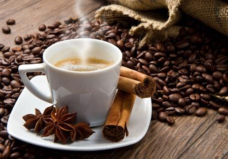 Café con canela para que sirve