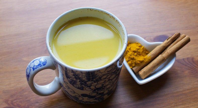 agua con canela y miel para bajar de peso