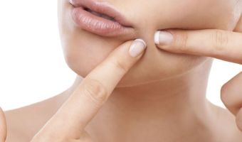 Los grandes beneficios de la canela con miel en el rostro