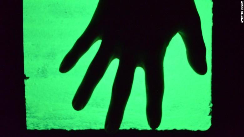160617182459-glow-in-the-dark-cement-exlarge-169