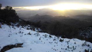Allà baix, Novelda sense neu...