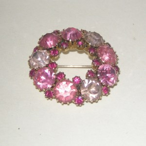 Pink Circle rhinestone brooch-Remix Vintage Fashion