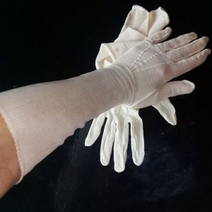 40s mesh glove ecru snap-the remix vintage fashion