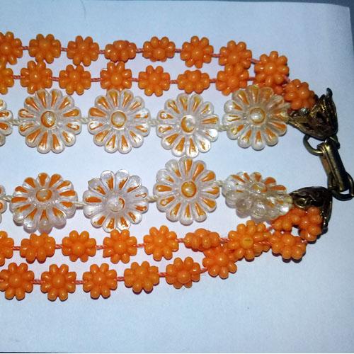 60s daisy necklace-the remix vintage fashion