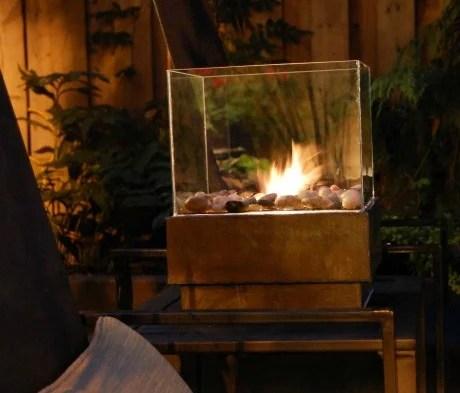 tipsaholic-glass-firepit-the-art-of-doing-stuff