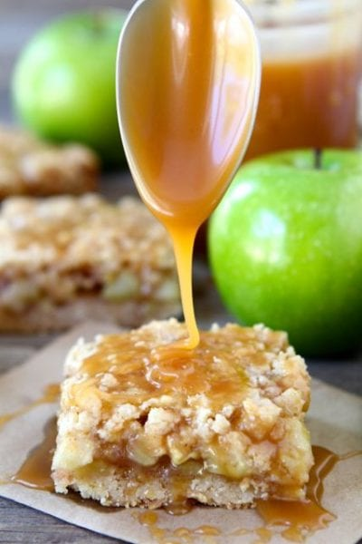 salted-caramel-apple-crumb-bars