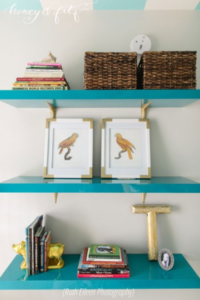 tipsaholic-faux-gold-corner-picture-frames-honey-and-fitz