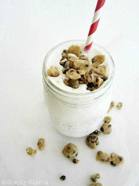 Take your love of chocolate chip cookie dough to the next level with these 16 recipes for cookie dough desserts. 16 Ways to Eat Chocolate Chip Cookie Dough ~ Tipsaholic.com #recipes #cookiedough