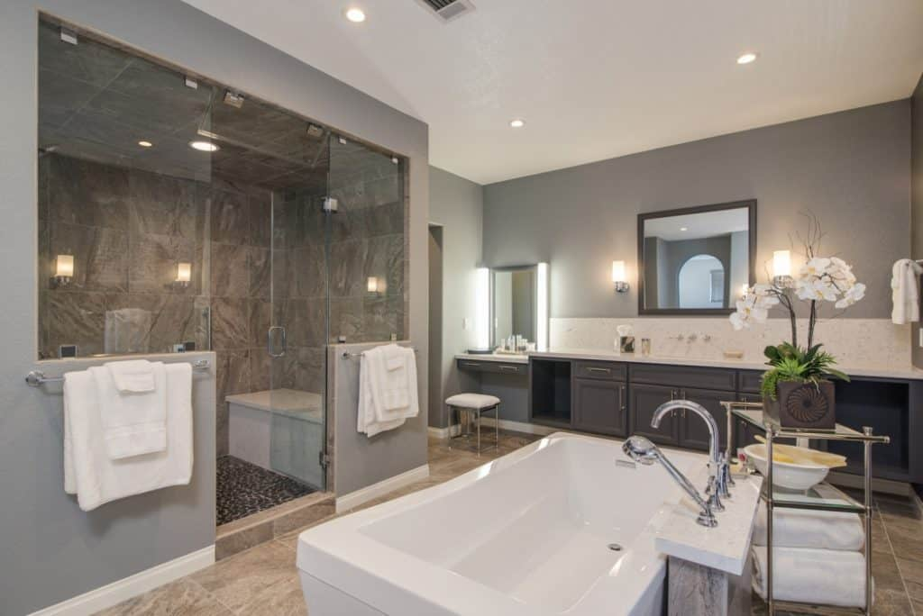 8 Master Bathroom Remodel Ideas