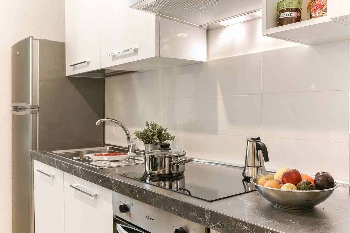 how much does a kitchen backsplash cost