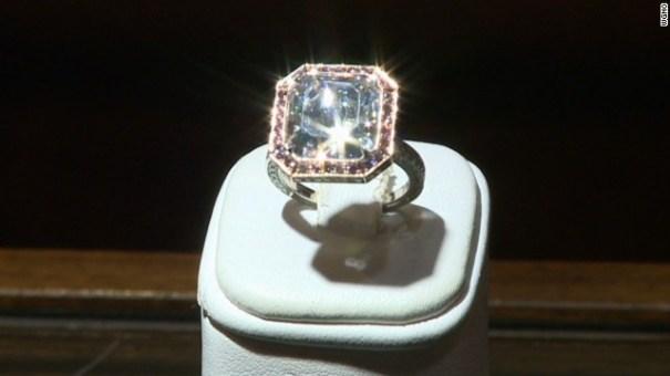 130910095254-cnnee-vo-diamond-00015902-story-top