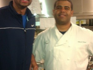 a6b8733c620f2b549cfeb90d4dbadd0e 300x226 Criollo se consolida como chef de los mejores deportistas
