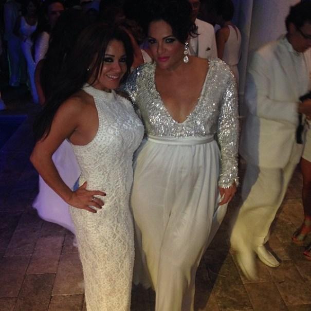 Carolina Sandoval (Inzquierda), y Sonia Sosa. Foto via http://instagram.com/venenosandoval
