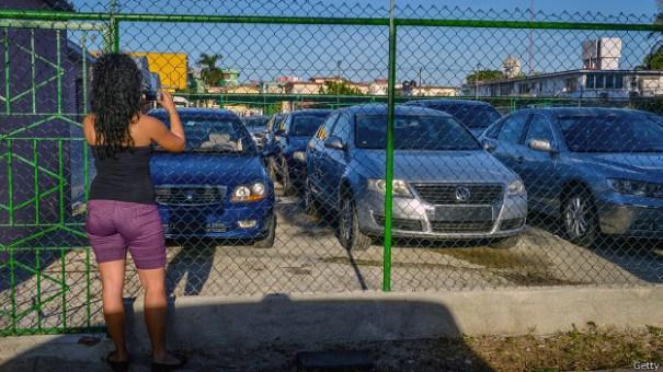 140103112315_autos_nuevos_cuba_624x351_getty