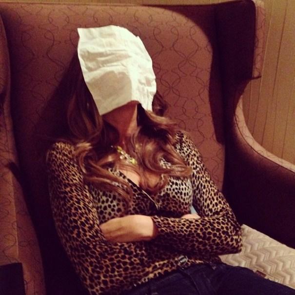 73fba37c81fa11e389d01235530cb812 8 Esto pasa cuando Sofia Vergara toma una siesta [fotos]