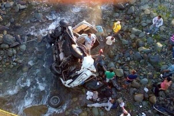 e82c6387127bb981209998e169029699 620x412 Fallece en accidente jefe Comando Cibao Sur de la PN [RD]
