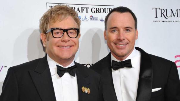 eltonjohn Elton John se casa con su jevo [Reino Unido]