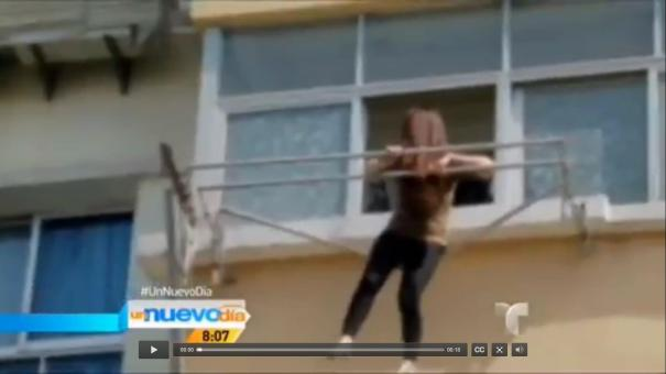 "111 Tipa ""ajumá"" se salva ´por un pelo´ [Video]"