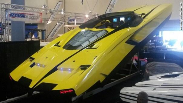 140404172058-supercar-yacht-lamborghini-top-view-horizontal-gallery