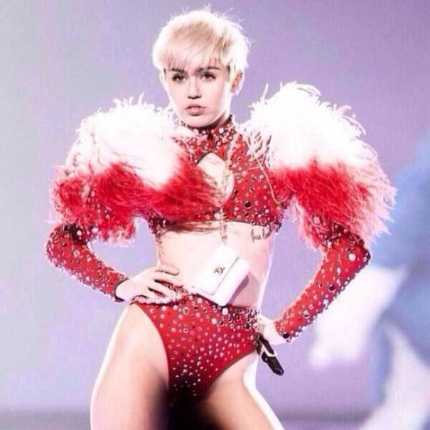 1743063 467545556704227 1335730207 n Mucha gente en RD estan quillá con evento de Miley Cyrus