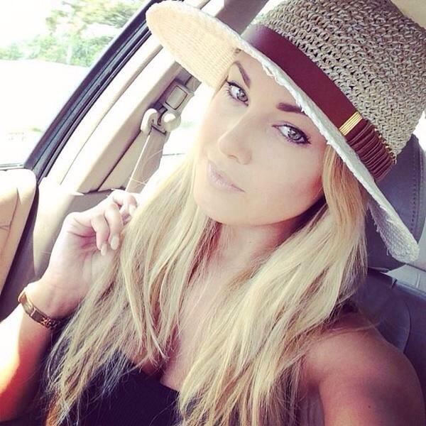 20140715 135932 50372647 Mujeres con fotos sexis en Facebook son vistas como menos atractivas y competentes