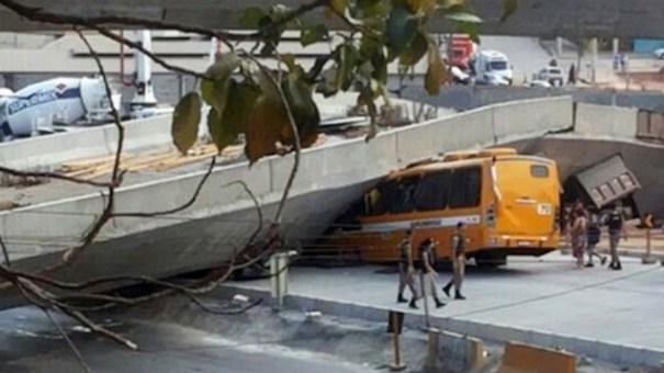 image47 Paso a desnivel colapsa en Brasil matando al menos dos