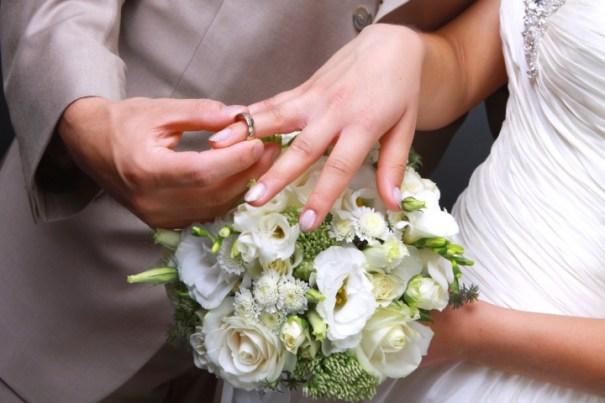image96 Tipo se divorcia de esposa en su noche de bodas