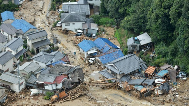 140820032411_japan_floods_624x351_ap