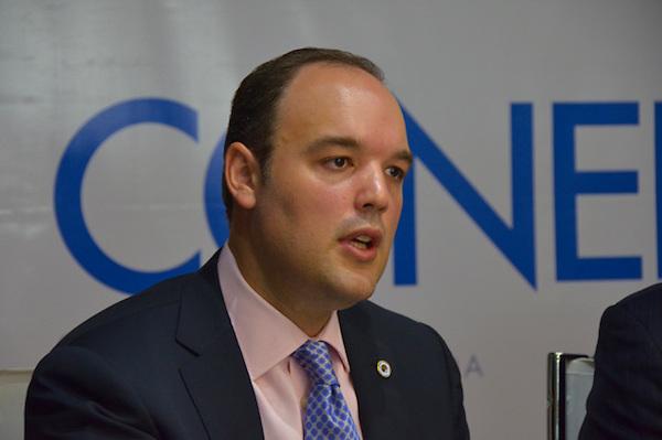 Firma convenio entre Ministerio de Industria y Comercio y el Con