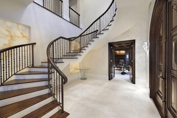 Casa que Lebron James vende por 10 millones 91