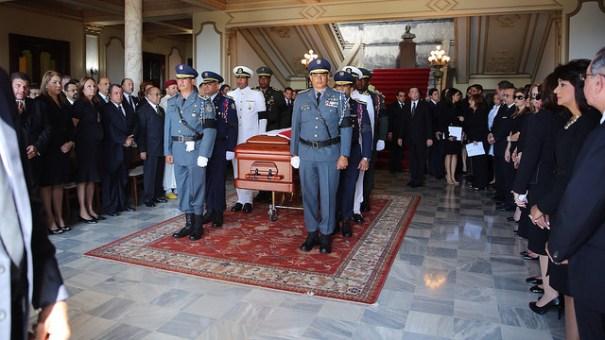tron Fotos   Honores de Estado a Carlos Morales Troncoso