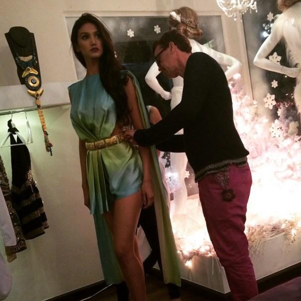 Kimberly Castillo,  Miss República Dominicana, probando vestido para el concurso