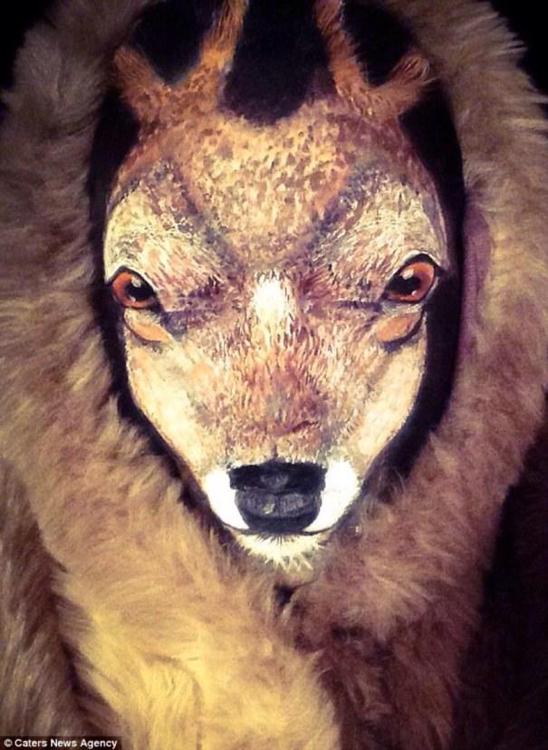 image231 Fotos   Artista del maquillaje se convierte en un reno