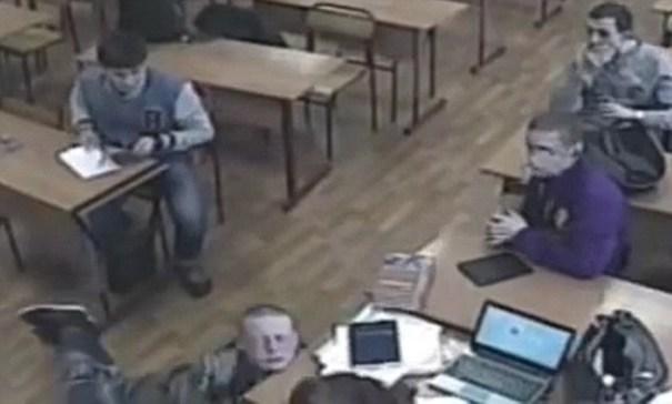 image255 Video   Acoso mortal en una escuela de Rusia