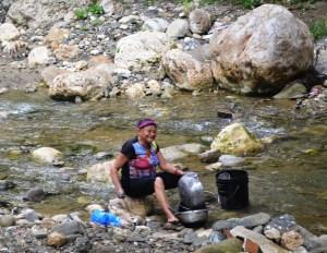 Lavando ollas en el rio - Jacagua,  Santiago de Los Caballeros  (1)