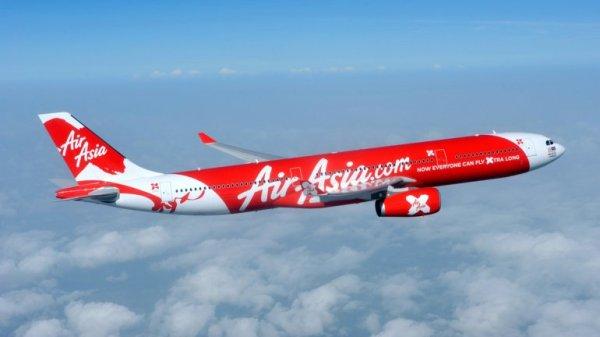0012019038 Copiloto estaba al mando del avión de AirAsia cuando cayó