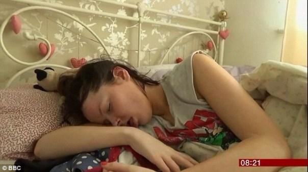 img 4534 La jeva que duerme 22 horas al día