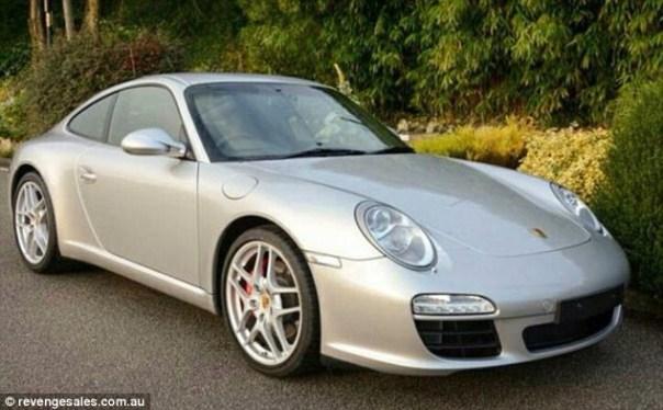 img 4567 Esposa despechada vende Porsche del marido infiel