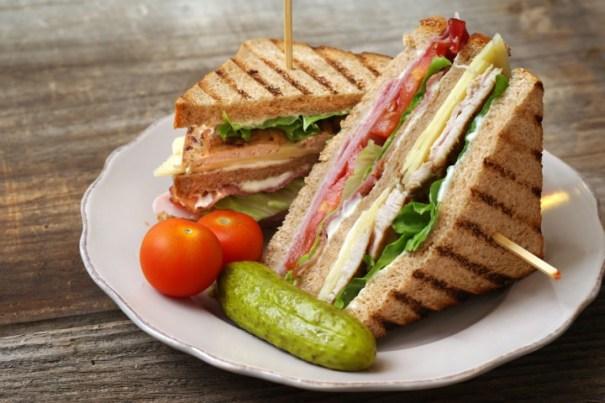 img 4673 Restaurant ofrece comidas gratuitas para los 50 clientes más atractivos