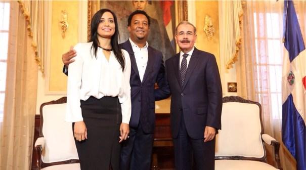 img 4735 0 Fotos   Pedro Martínez visita al presidente Medina