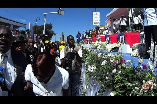 haiti Homenaje a las víctimas en carnaval de Haití
