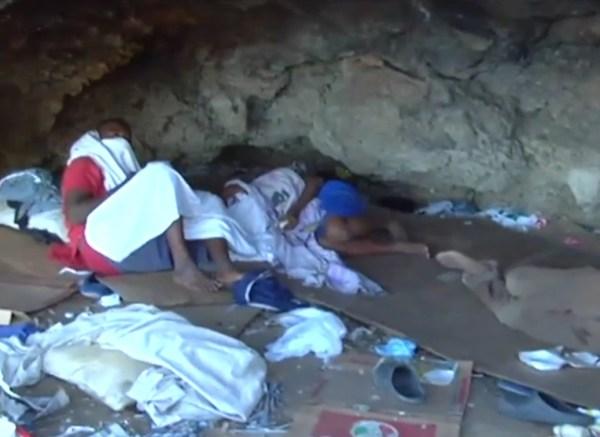 image16 Los niños de la cueva...al límite de la indigencia [Nuria]