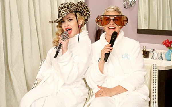 864151 642x400 6 Video: Madonna y Ellen DeGeneres dan mini concierto en batas