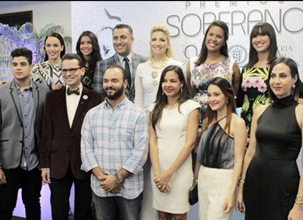 image338 Alfombra roja Premios Soberano 2015 más fashionista